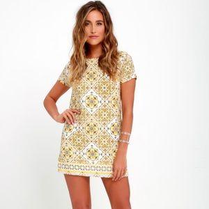 Lulu's Dandy Lion Yellow Print Shift Dress Medium